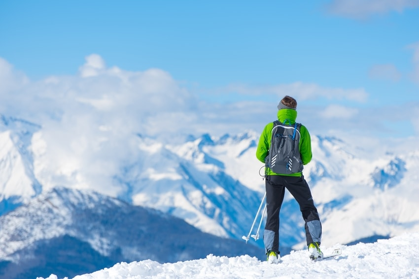 What to wear for a day skiing