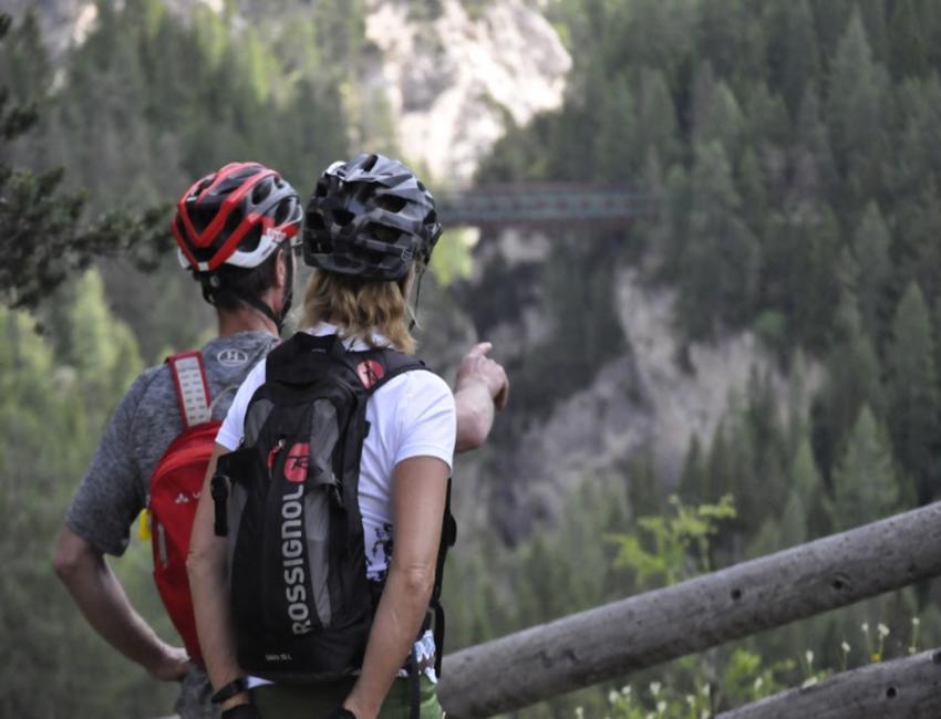 Mountainbike da Cortina al Castello di Bodestgano