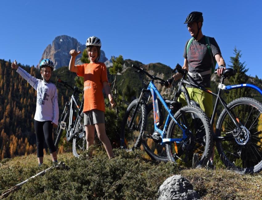 In montagna con i bambini: percorsi in mtb e bici