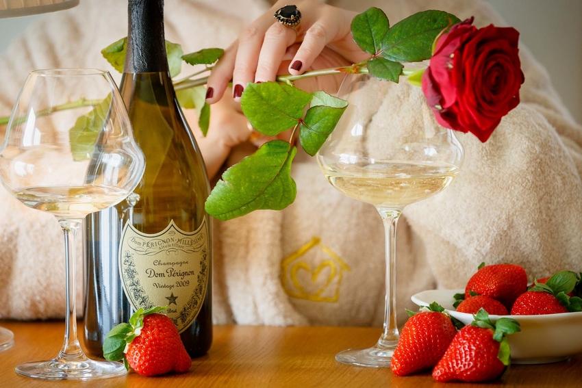 Celebrate Valentine's Day at Ambra Cortina