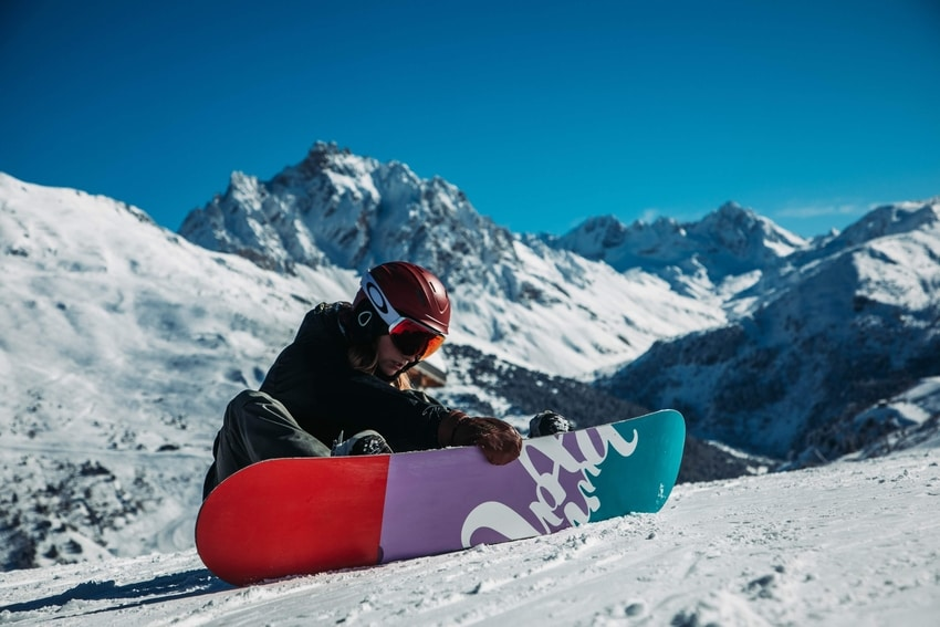 Snowboarder on the snow